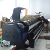 Photo taken at Mega Warna Digital Printing by Yudi S. on 6/27/2012