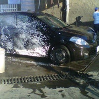 Photo taken at Autolavado Fast Wash by Salvador V. on 3/7/2012