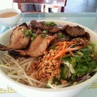 Photo taken at Pho Saigon Pasteur Vietnamese Noodle House by D-ta L. on 3/8/2012