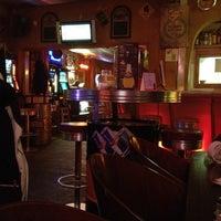 Das Foto wurde bei Mad Dog von Tiana L. am 2/23/2012 aufgenommen