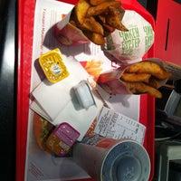 Снимок сделан в McDonald's пользователем 💎ktrck. 4/4/2012