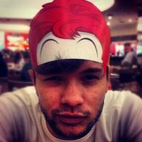 Foto tirada no(a) McDonald's por Paulo Cesar J. em 8/25/2012