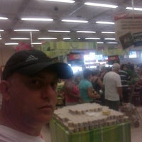 Photo taken at Extra by Paulo Henrique F. on 12/29/2011
