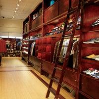Longwood Shoe Store
