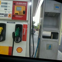 Photo taken at Shell Bandar Kinrara 5B by Cobby K. on 1/19/2012