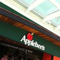 Foto tirada no(a) Applebee's por Flavio G. em 2/18/2011