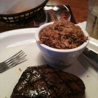 Photo taken at Texas Roadhouse by Kristin G. on 9/29/2011