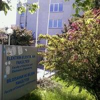 5/1/2012 tarihinde Tugra S.ziyaretçi tarafından Elektrik Elektronik Fakültesi'de çekilen fotoğraf