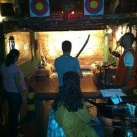 Photo taken at Willi Willie Bar e Arqueria by Pedro S. on 8/25/2012