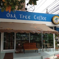 Photo taken at Oak Tree Coffee by Wasin W. on 5/29/2012