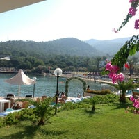 Photo prise au Samara Hotel par Mustafa S. le8/27/2012
