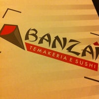 Photo taken at Banzai Temakeria e Sushi by Roger F. on 3/31/2012