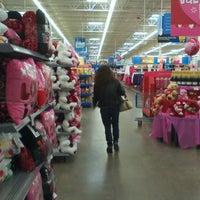 Photo taken at Walmart Supercenter by 🔊Eddie Getdown O. on 2/2/2012