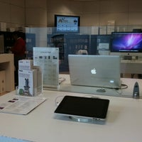 Photo taken at ITESM Apple Authorized Campus Store by Guillermo S. on 1/12/2011