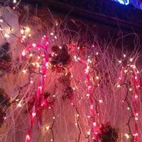 1/8/2012 tarihinde Z W.ziyaretçi tarafından 7B Horseshoe Bar aka Vazacs'de çekilen fotoğraf