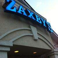 Photo taken at Zaxby's Chicken Fingers & Buffalo Wings by Randy B. on 3/21/2012