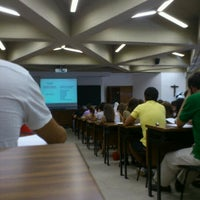 Photo taken at Medicina - Universidad de Navarra by Aitor G. on 9/29/2011