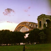 Photo taken at Astoria Park by Daryl Ray C. on 7/6/2012