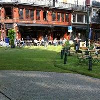 Foto scattata a Place Saint-Géry / Sint-Goriksplein da Yves M. il 8/20/2011