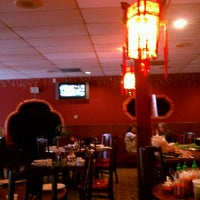 Photo taken at Chen's Chinese Restaurant by Aaron Chiklet A. on 9/16/2011