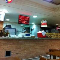 4/24/2011 tarihinde Roberto M.ziyaretçi tarafından Supermercado Zona Sul'de çekilen fotoğraf