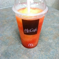 Photo taken at McDonald's by Vincent L. on 5/28/2011