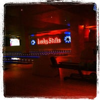 Photo taken at Lucky Strike Phoenix by Thomas F. on 11/27/2011