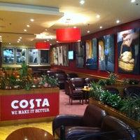 Снимок сделан в Costa Coffee пользователем Issa H. 9/8/2011