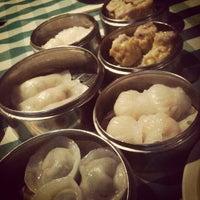 Foto tomada en Lung Fung por Uriel W. el 2/12/2012