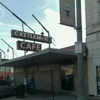 Photo taken at Cattlemen's Steakhouse by Doug C. on 8/15/2011