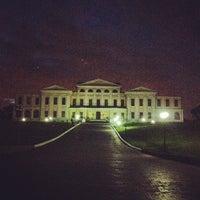 Снимок сделан в Усадьба князей Голицыных в Дубровицах пользователем Владимир Д. 5/11/2012