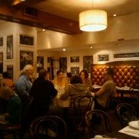 8/14/2011にChaz A.がOllie's Sichuan Restaurantで撮った写真
