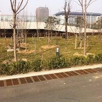 Photo taken at 河南省人民政府办公大楼 by Harry L. on 1/31/2012