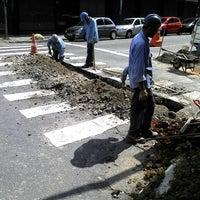 Foto tirada no(a) Rua Barão de Duprat por Jose H. em 12/11/2011