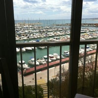 Photo taken at Restaurante La Cova by angel g. on 4/19/2012