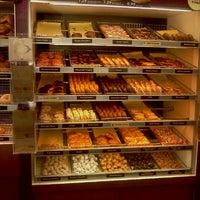 Photo taken at Dunkin Donuts by Juanita R. on 11/12/2011