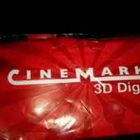 Foto tomada en Cinemark por EduZiN A. el 9/25/2011