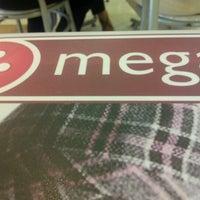 Foto tirada no(a) Mega Polo Moda por Jessica C. em 7/3/2012