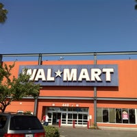 Photo taken at Walmart Supercenter by Jon W. on 5/21/2011