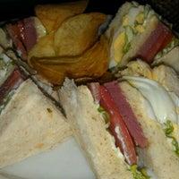 Photo prise au Cafe Adriatico par vernzz p. le12/29/2011
