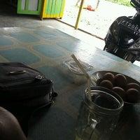 Photo taken at Polsek Loa Janan by «Agung ». on 8/21/2012