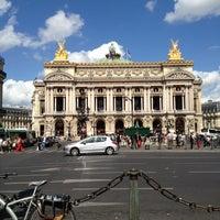 Foto tirada no(a) Place de l'Opéra por Cyril R. em 8/28/2012
