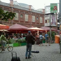 Das Foto wurde bei Hackescher Markt von Theodora v. am 8/10/2012 aufgenommen