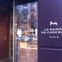 รูปภาพถ่ายที่ La Maison du Chocolat โดย Carlos M. เมื่อ 3/2/2012