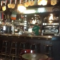 Снимок сделан в Shamrock Pub пользователем Anton D. 4/16/2012