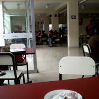 Photo taken at Cafetería (UCSM) by Briggit S. on 4/12/2012