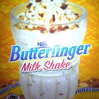 Photo taken at Steak 'n Shake by Tim B. on 12/28/2011