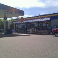 Photo taken at Ultramar by Dany L. on 7/10/2011
