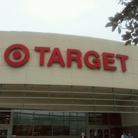 12/5/2011에 A_Be@utiful_Mess님이 Target에서 찍은 사진