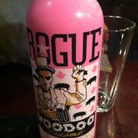 Das Foto wurde bei Rogue Hall von Alison R. am 11/5/2011 aufgenommen